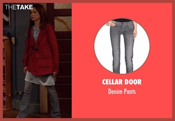Cellar Door gray pants from Unbreakable Kimmy Schmidt seen with Kimmy Schmidt (Ellie Kemper)