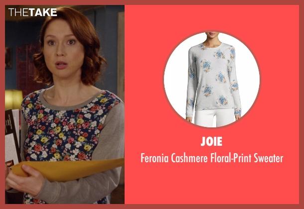 Joie gray sweater from Unbreakable Kimmy Schmidt seen with Kimmy Schmidt (Ellie Kemper)