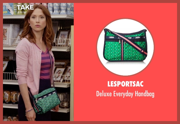 LeSportsac green handbag from Unbreakable Kimmy Schmidt seen with Kimmy Schmidt (Ellie Kemper)
