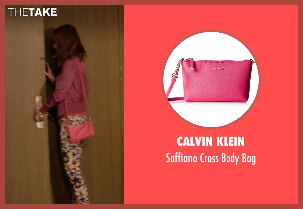 Calvin Klein pink bag from Unbreakable Kimmy Schmidt seen with Kimmy Schmidt (Ellie Kemper)