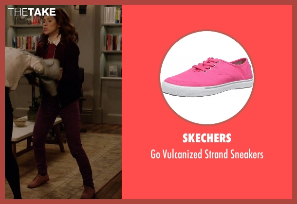 Skechers pink sneakers from Unbreakable Kimmy Schmidt seen with Kimmy Schmidt (Ellie Kemper)
