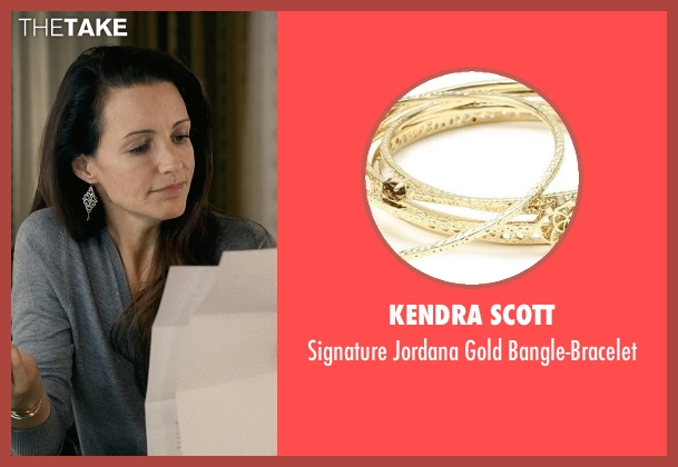 Kendra Scott gold bangle-bracelet from Couple's Retreat seen with Kristin Davis (Lucy)