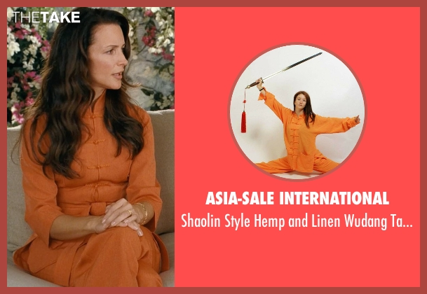 Asia-Sale International uniform from Couple's Retreat seen with Kristin Davis (Lucy)