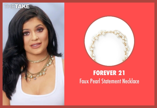 Forever 21 gold necklace from Keeping Up With The Kardashians seen with Kylie Jenner