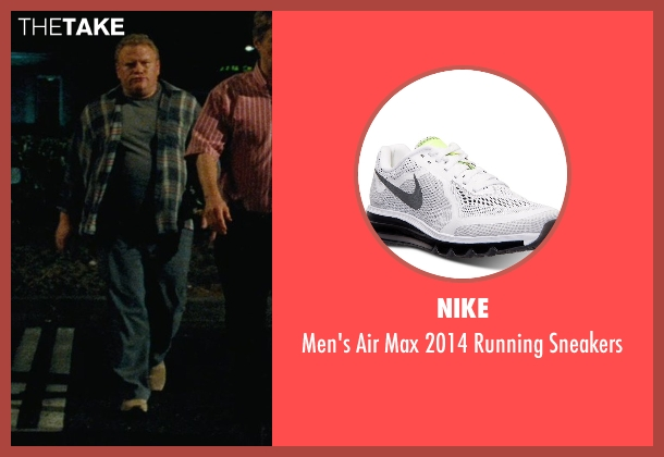 Nike white sneakers from Hall Pass seen with Larry Joe Campbell (Hog-Head)
