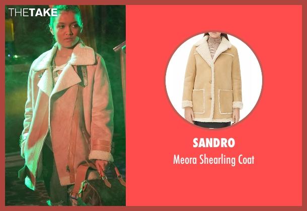 Sandro beige coat from Empire seen with Laura Calleros (Jamila Velazquez)