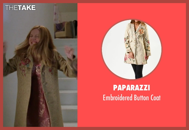 Paparazzi beige coat from Love Actually seen with Laura Linney (Sarah)