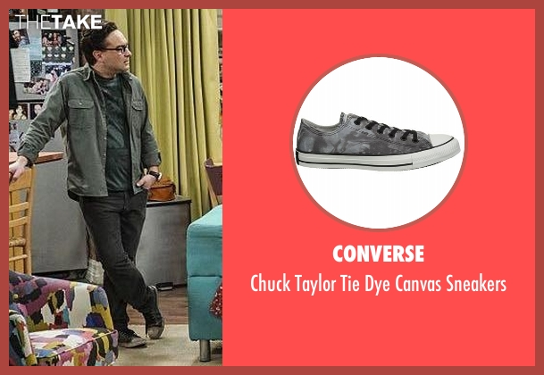 Converse gray sneakers from The Big Bang Theory seen with Leonard Hofstadter (Johnny Galecki)