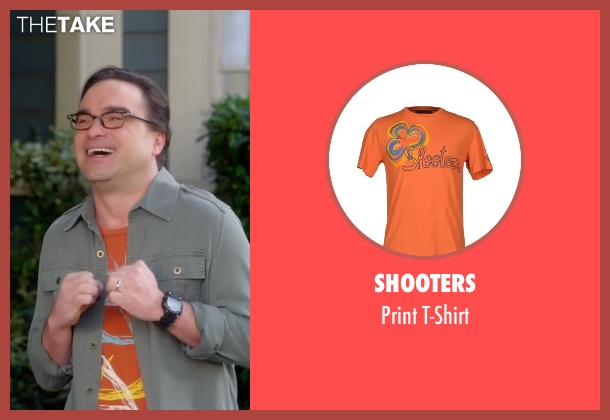 Shooters orange t-shirt from The Big Bang Theory seen with Leonard Hofstadter (Johnny Galecki)