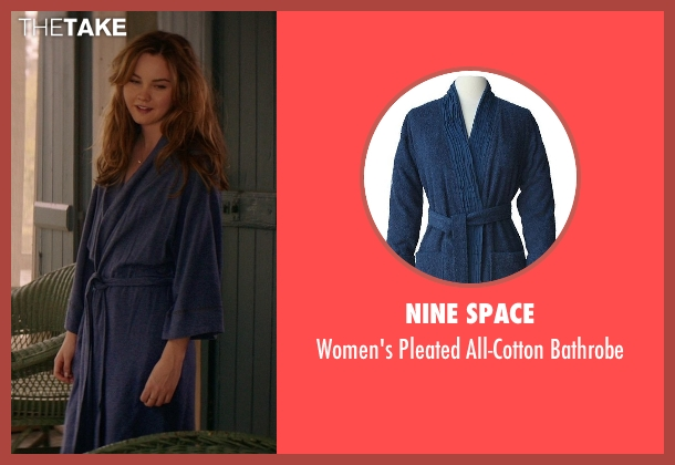 Nine Space blue bathrobe from The Best of Me seen with Liana Liberato (Young Amanda)
