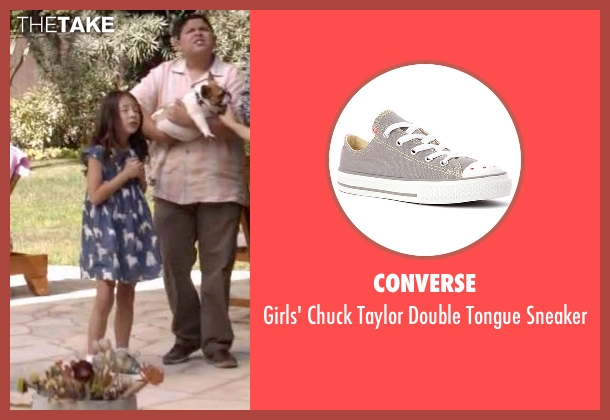 Converse gray sneaker from Modern Family seen with Lily Tucker-Pritchett (Aubrey Anderson-Emmons)