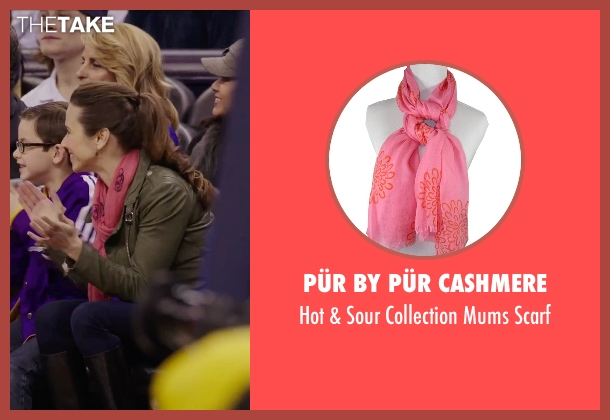 Pür by Pür Cashmere pink scarf from Daddy's Home seen with Linda Cardellini (Unknown Character)