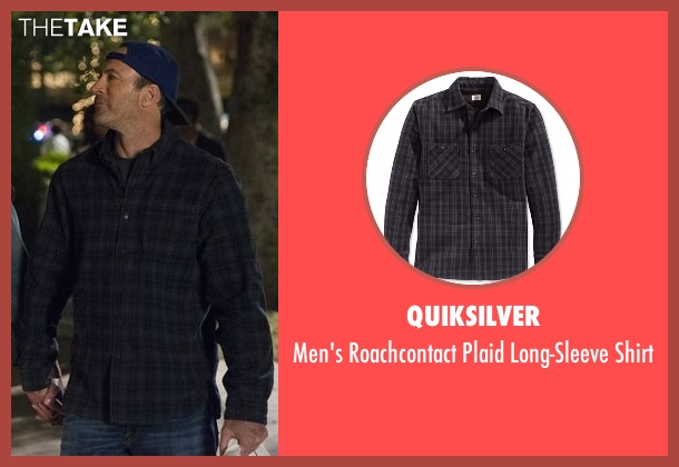 Quiksilver black shirt from Gilmore Girls: A Year in the Life seen with Luke Danes (Scott Patterson)