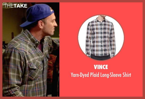 Vince green shirt from Gilmore Girls: A Year in the Life seen with Luke Danes (Scott Patterson)
