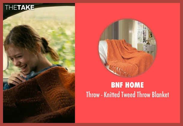BNF Home blanket from Interstellar seen with Mackenzie Foy (Young Murph)