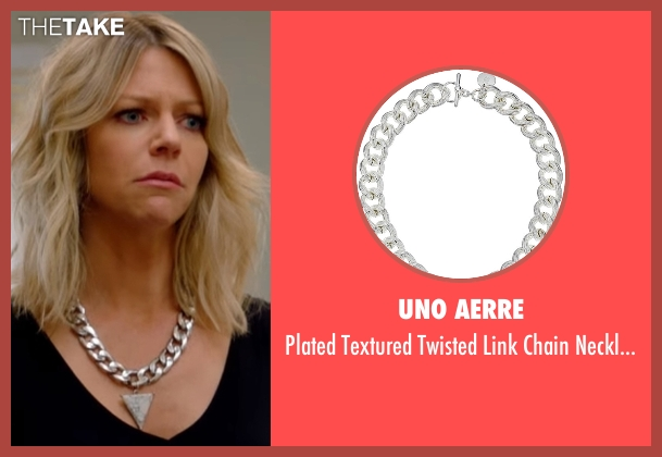 Uno Aerre silver necklace from The Mick seen with Mackenzie Murphy (Kaitlin Olson)