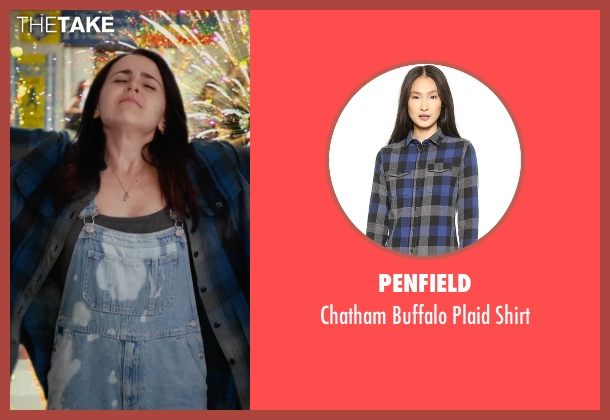 Penfield black shirt from The DUFF seen with Mae Whitman (Bianca)
