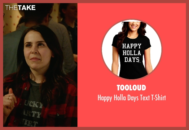 TooLoud black t-shirt from The DUFF seen with Mae Whitman (Bianca)