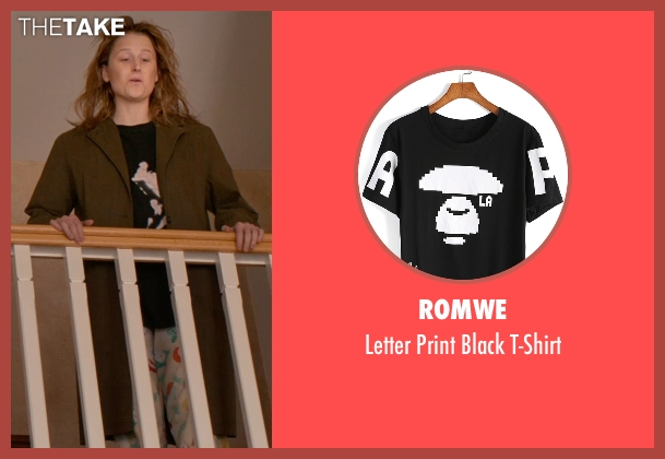Romwe black t-shirt from Ricki and the Flash seen with Mamie Gummer (Julie)