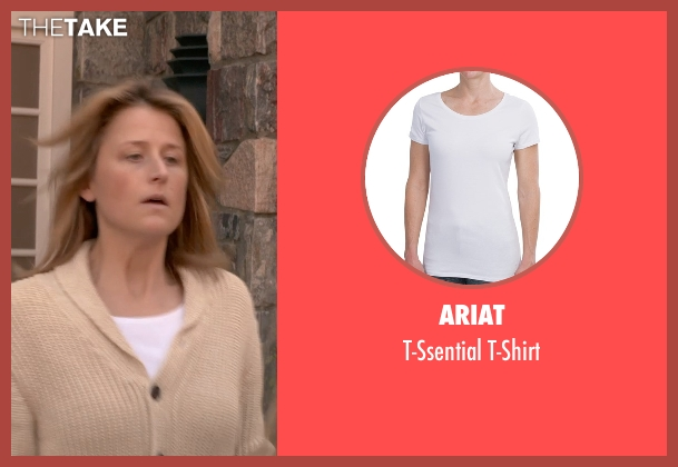 Ariat white t-shirt from Ricki and the Flash seen with Mamie Gummer (Julie)