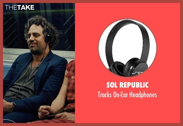 Sol Republic black headphones from Begin Again seen with Mark Ruffalo (Dan)