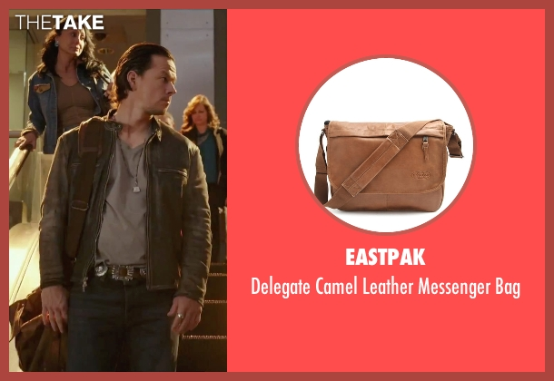 Eastpak brown bag from Daddy's Home seen with Mark Wahlberg (Dusty Mayron)