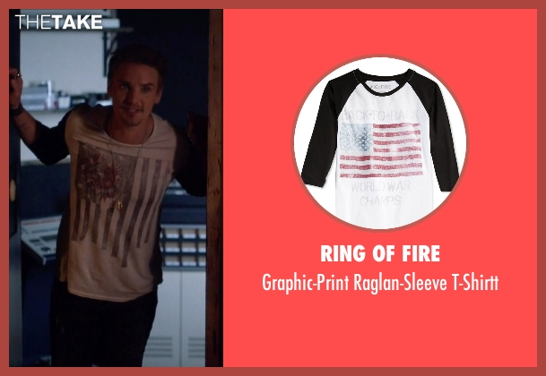 Ring Of Fire white t-shirtt from Nashville seen with Markus Keen (Riley Smith)