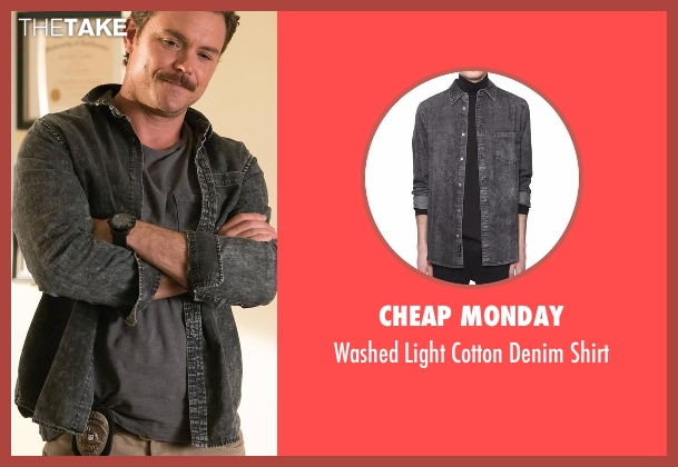 Cheap Monday gray shirt from Lethal Weapon seen with Martin Riggs (Clayne Crawford)