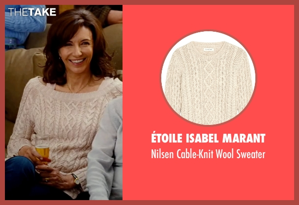 ÉToile Isabel Marant beige sweater from The Proposal seen with Mary Steenburgen (Grace Paxton)