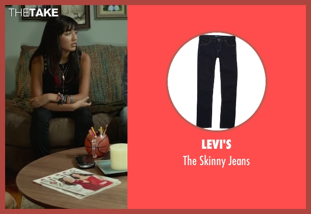 Levi's black jeans from Max seen with Mia Xitlali (Carmen)