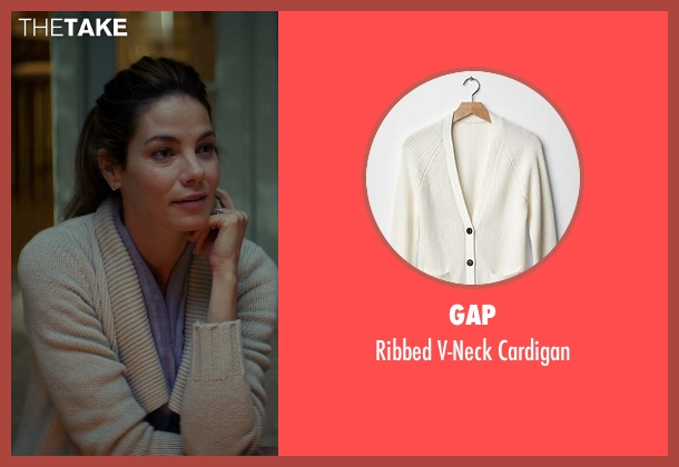 Gap beige cardigan from The Best of Me seen with Michelle Monaghan (Amanda Collier)