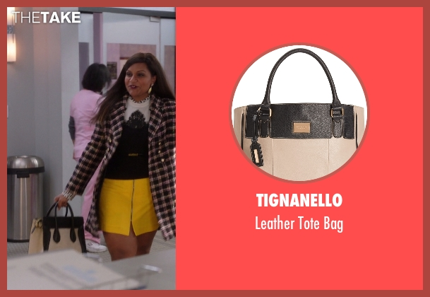 Tignanello beige bag from The Mindy Project seen with Mindy Lahiri (Mindy Kaling)