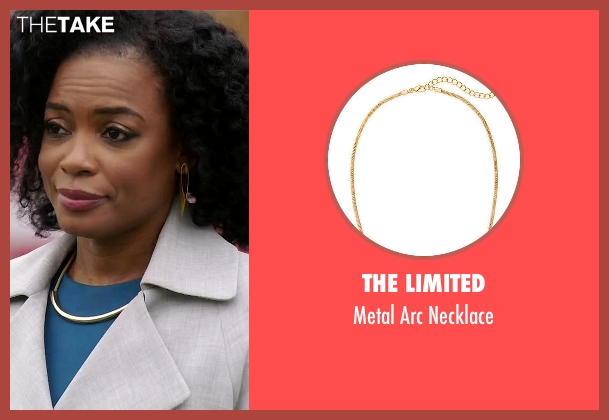 The Limited gold necklace from Quantico seen with Miranda Shaw (Aunjanue Ellis)
