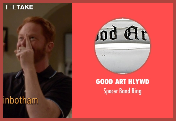 Good Art Hlywd silver ring from Modern Family seen with Mitchell Pritchett (Jesse Tyler Ferguson)