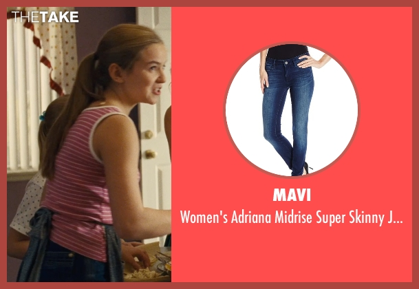 Mavi blue jeans from McFarland, USA seen with Morgan Saylor (Julie White)