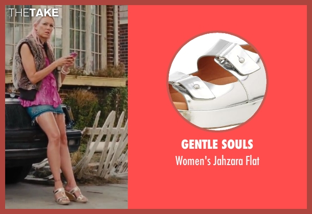 Gentle Souls silver flat from St. Vincent seen with Naomi Watts (Daka)