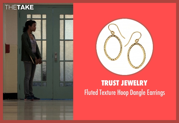 Trust Jewelry gold earrings from Southpaw seen with Naomie Harris (Angela Rivera)
