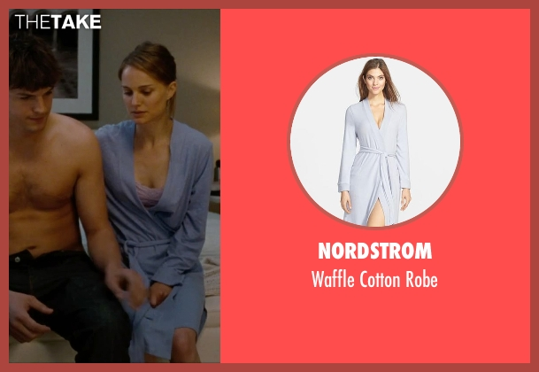 Nordstrom blue robe from No Strings Attached seen with Natalie Portman (Emma)