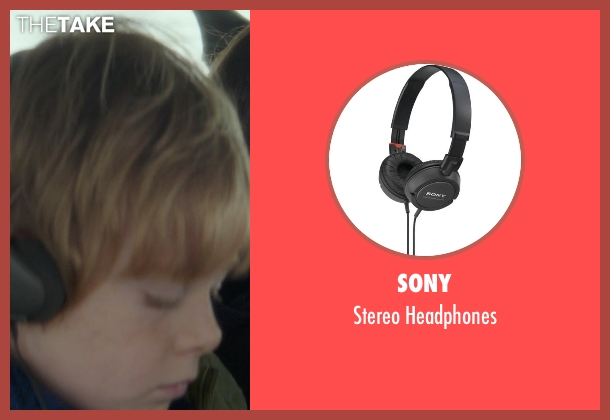 Sony headphones from If I Stay seen with Jakob Davies (Teddy Hall)