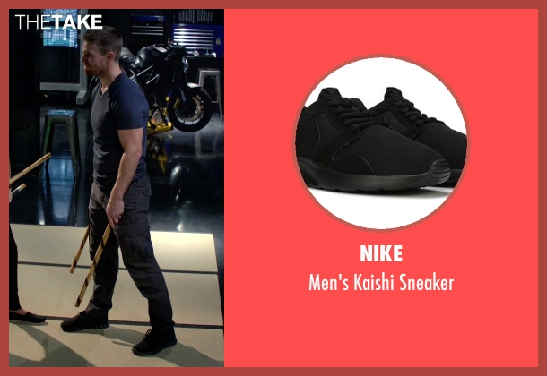 Nike blue sneaker from Arrow seen with Oliver Queen / Green Arrow (Stephen Amell)