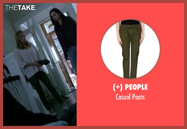 (+) People green pants from Jessica Jones seen with Pam (Susie Abromeit)