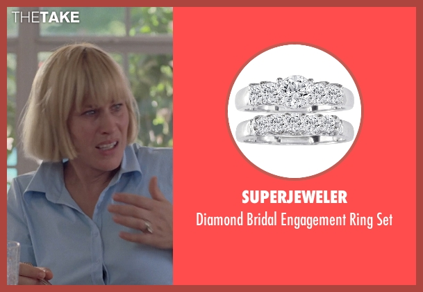 SuperJeweler white set from Boyhood seen with Patricia Arquette (Mom)