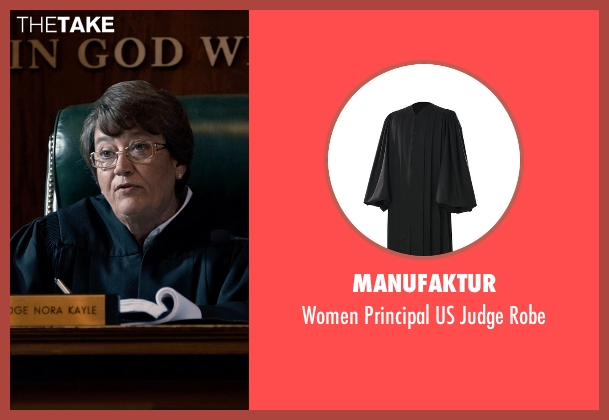 Manufaktur robe from Southpaw seen with Patsy Meck (Judge Kayle)