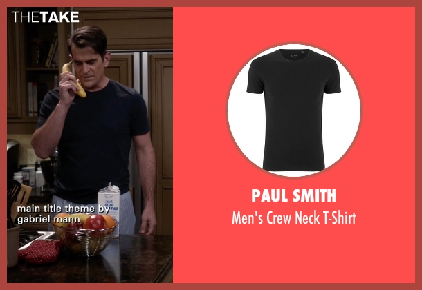 Paul Smith black t-shirt from Modern Family seen with Phil Dunphy (Ty Burrell)