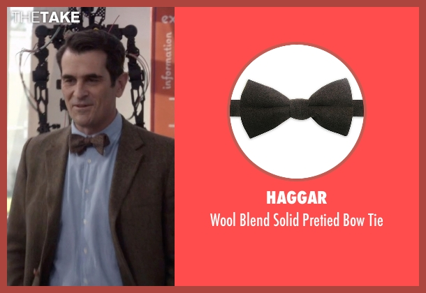 Haggar brown tie from Modern Family seen with Phil Dunphy (Ty Burrell)