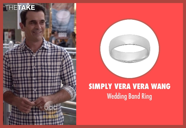 Simply Vera Vera Wang silver ring from Modern Family seen with Phil Dunphy (Ty Burrell)