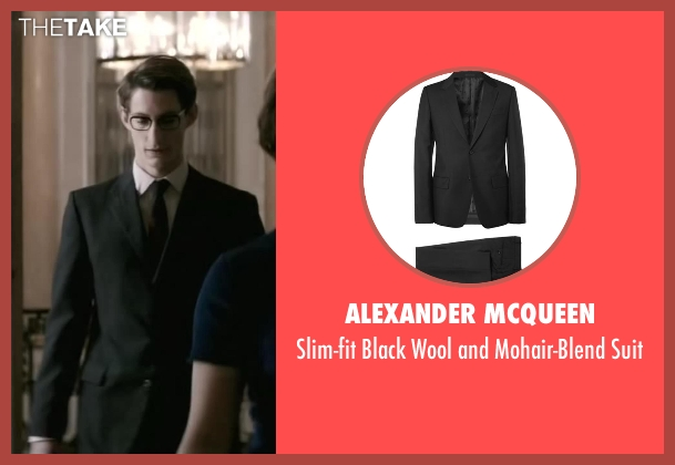 Alexander Mcqueen black suit from Yves Saint Laurent seen with Pierre Niney (Yves Saint Laurent)