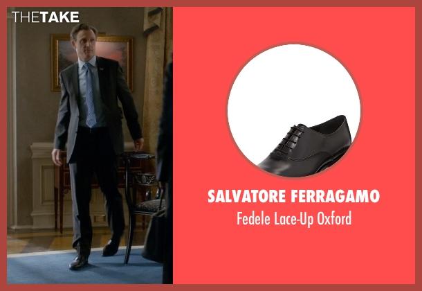 Salvatore Ferragamo black oxford from Scandal seen with President Fitzgerald Grant (Tony Goldwyn)