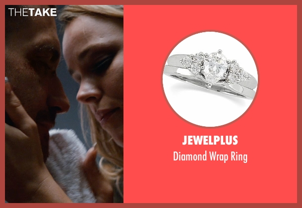 Jewelplus silver ring from Southpaw seen with Rachel McAdams (Maureen Hope)