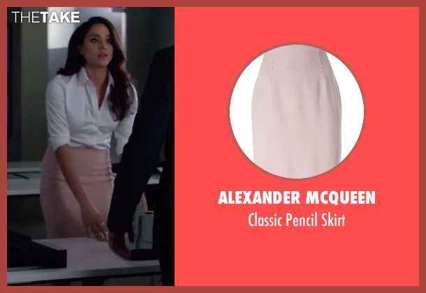 Alexander McQueen pink skirt from Suits seen with Rachel Zane (Meghan Markle)